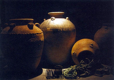 Chinese and Thaï Jars from Spanish Galleon San Diego (1600)